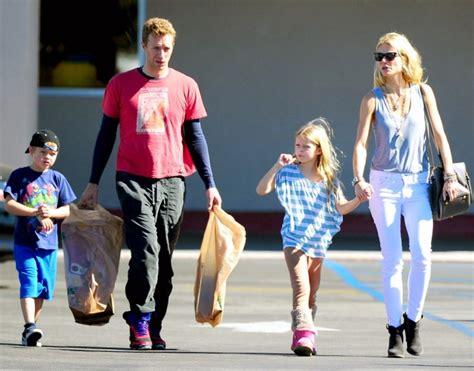 chris martin and gwyneth paltrow kids gwyneth paltrow family siblings parents children husband
