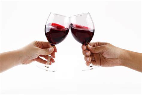 wine glass cheers wine glass cheers imgkid com the image kid has it