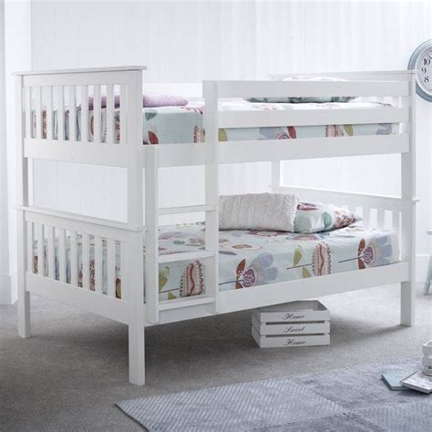 bunk beds for small best 25 bunk ideas on bunk beds