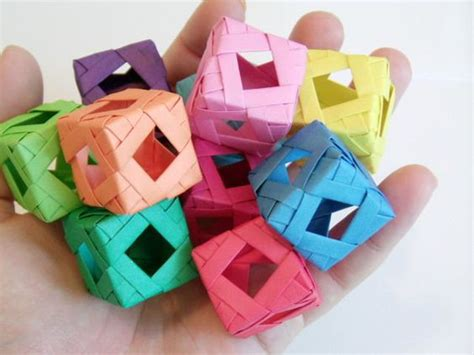 Origami Cool Box - window cube modular origami planes