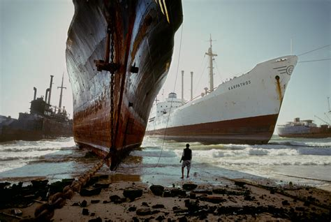 shipping to pakistan photography steve mccurry on pinterest steve mccurry