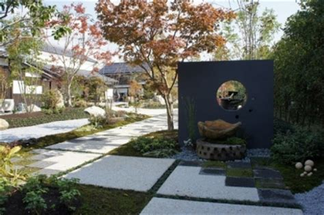 Dc 684 Feed Scoop 544 有形文化財に指定された住宅の庭園の作庭と維持管理 施工例1