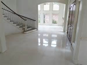 Tampa Upholstery Polished Porcelain 24 Quot X24 Quot Tile With A 1 8 Quot Grout Line