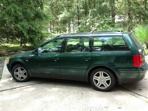 volkswagen wagon 2001 buy used 2001 volkswagen passat glx 4 motion wagon 4 door