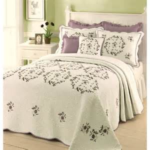 Embroidered Bedspreads Shop Modern Heirloom Gwen Embroidered 1