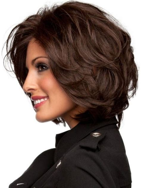 easy hairstyles for medium layered hair 16 magnificent medium layered hairstyles haircuts