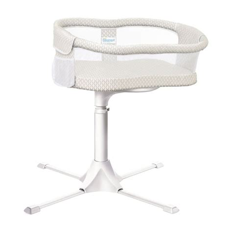 Toys R Us Co Sleeper by 1000 Ideas About Bedside Sleeper On Baby