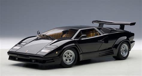 AutoArt 1:18 Lamborghini Countach 25th Anniversary Edition