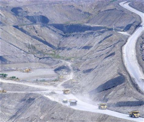layout tambang terbuka pertambangan di indonesia