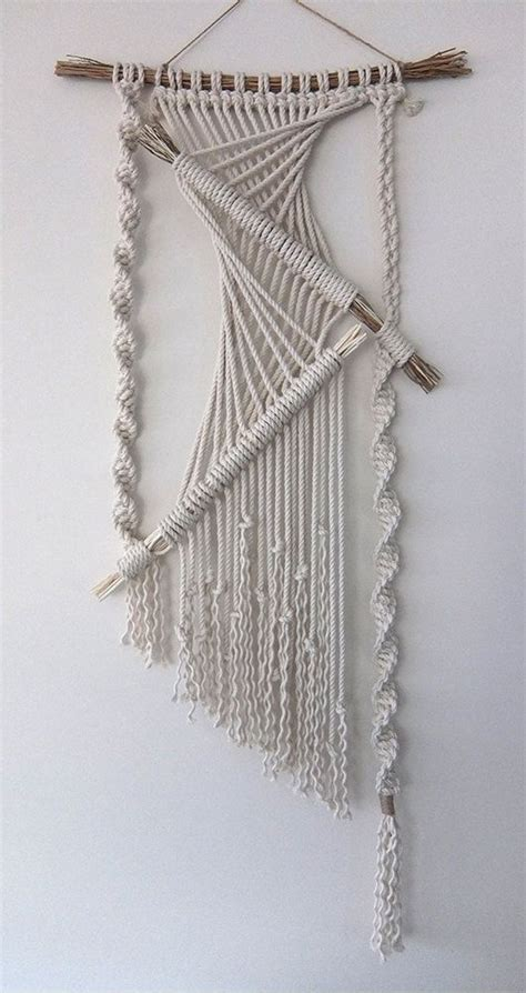 Macrame Wall Hanging Free Patterns - the 25 best ideas about macrame wall hangings on
