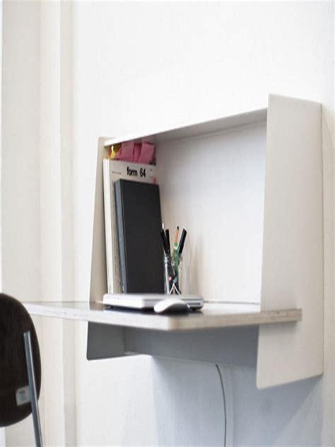 escritorios fijados  la pared