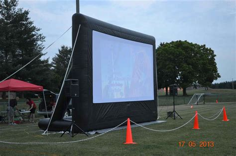 backyard big screen big screen tv mouse inflatable screen youtube setting up