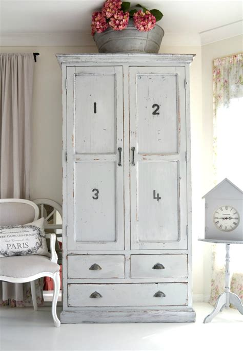 vintage wardrobes for you will fall in with - Decorated Wardrobes