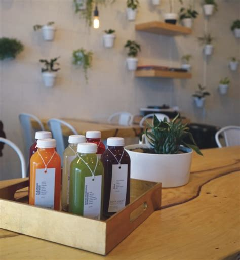 Cold Pressed Juice Ruby Root cafes vancouver where ca