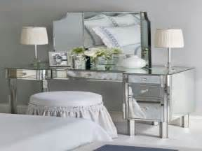 Makeup Vanities For Bedrooms With Lights Light Mirror Vanity Diy Makeup Vanity Bedroom Bedroom