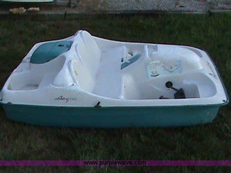 paddle boats topeka ks leisure life limited paddle boat item 1608 sold