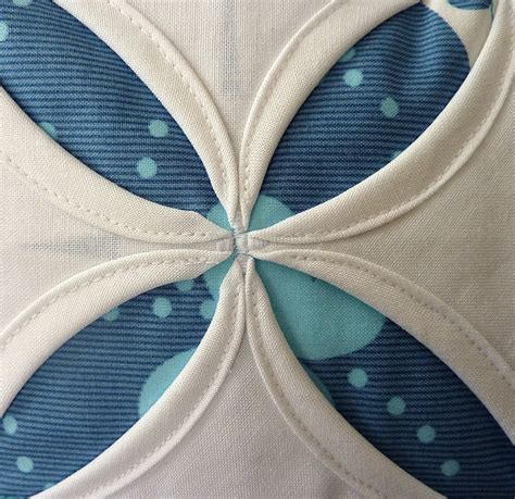 Cathedral Window Quilt Block Tutorial by Pin By Lindsay Maxfield On Sew Fabulous Sewing Projects