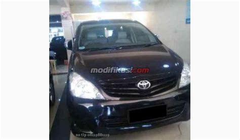 Mobil Toyota Inova E Tahun 2010 toyota kijang innova e hitam tahun 2010 manual