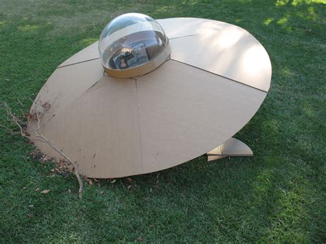 How To Make A Flying Saucer Out Of Paper - ufo craigwork