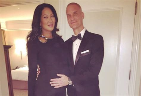 Kimora Simmons New Boyfriend Dijimon Hounsou 2 by Kimora Simmons Welcomes Baby Boy With New Husband