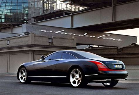 Maybach 2 Door by Two Door Maybach Clean On Killa Us Lyrics Meaning