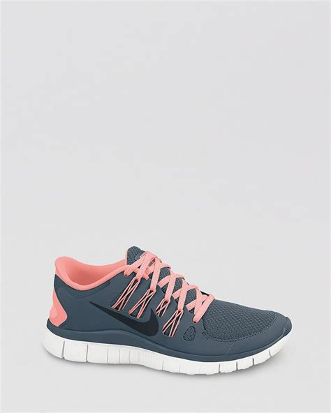 womans nike sneakers 25 best ideas about nike free on workout