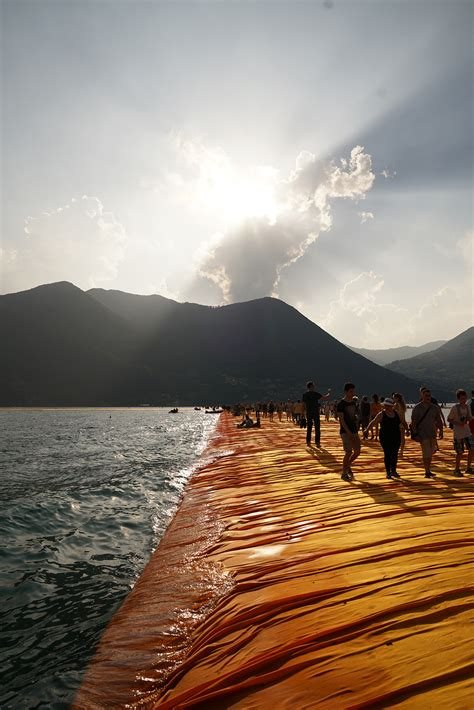 floating piers christo s floating piers at lake iseo italy yellowtrace
