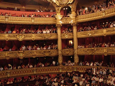 paris opera house 301 moved permanently