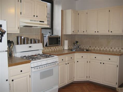Refurbished With Love A Pinch Of This A Dash Of That Refurbish Kitchen Cabinets