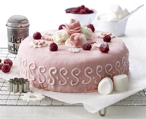 hochzeitstorte himbeer himbeer joghurt torte rezept lecker
