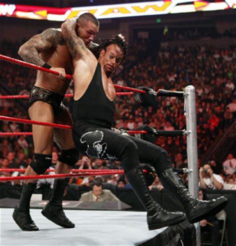 reverse wrestling wwf the rock the undertaker vs stone world raseling wwe undertaker vs the rock