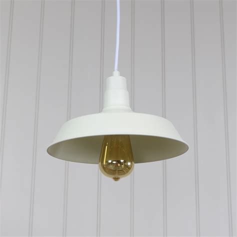vintage industrial barn style pendant light fitting