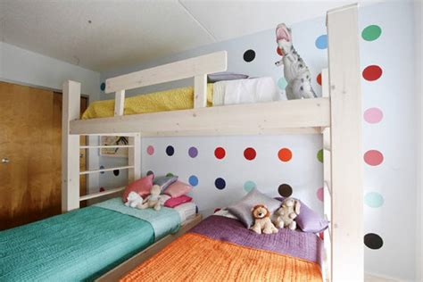 bunk beds for 3 kids 16 clever ways to fit three kids in one bedroom