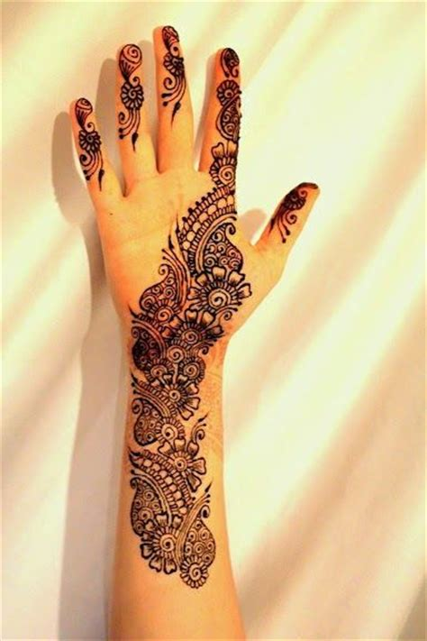 henna tattoo dc 89 best drawing on black paper images on pinterest