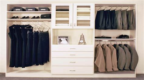 bloombety how to organize your closet with wooden hanger clothes closet organization ideas bloombety clothing
