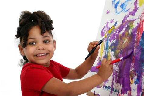 7 Tips For Choosing The Right Daycare For Your Child Moms N Charge 174 Children Painting Images