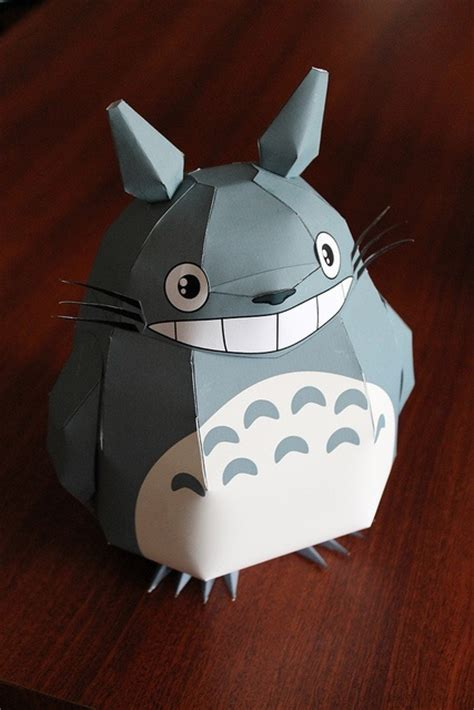 Totoro Papercraft - totoro papercraft geeky wedding ideas