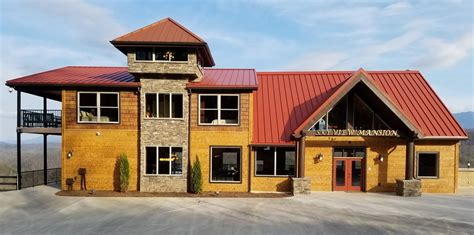 Superior Rental Cabin In Pigeon Forge Tn #2: Mansion%20Front%20wSign%201100pic.jpg