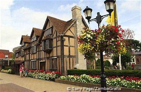 elizabethan coaching inn shakespeare house listed