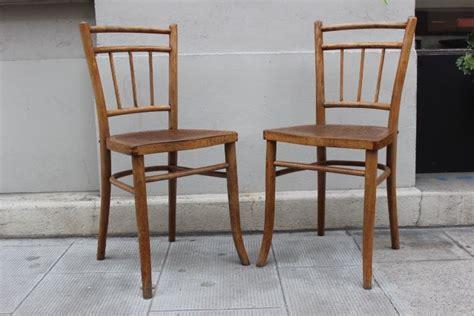 chaise bistrot thonet anciennes chaises de bistrot thonet fabriqu 233 e en tch 233 co