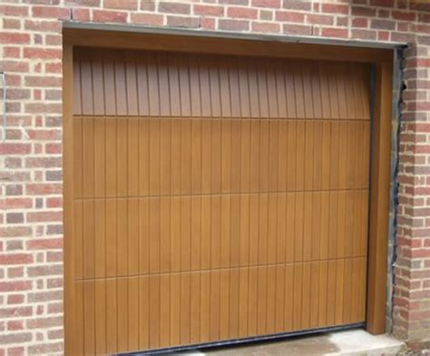 Sectional Overhead Garage Doors Overhead Sectional Garage Doors Rundum Meir Esi Building Design