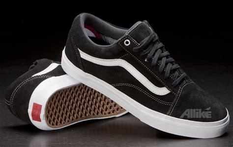 Sepatu Merk Date model sepatu yang sering dipakai cowok kus 2014