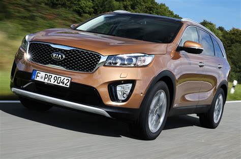 Kia Top 40 2016 Kia Sorento European Spec In Motion Photo 40