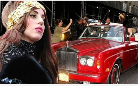 roll royce celebrity lady gaga 163 30 000 red rolls royce corniche iii