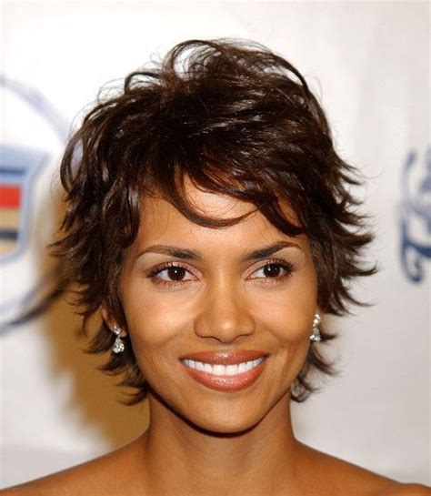 what does halle barre use in her hair to grt it to stand up on top halle berry bob the best short hairstyles for women 2016