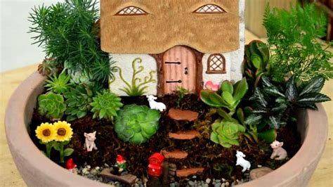 22 clever miniature garden ideas