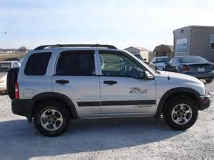 2004 chevrolet tracker photos informations articles