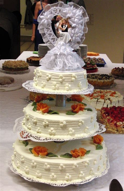 Konditorei Hochzeitstorten by Hochzeitstorten Aus Der B 228 Ckerei Und Konditorei Schirner