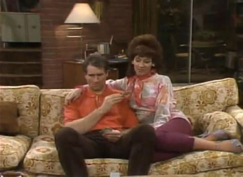 bundy couch love and marriage married with children wiki fandom