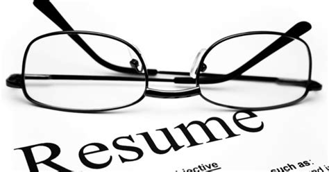 Resume Writing How Far Back To Go How Far Back Should Your Resume Go Cbs News